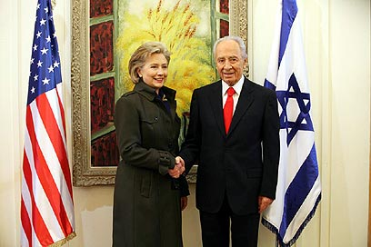 Clinton and Peres